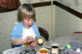 easter 1985 color eggs