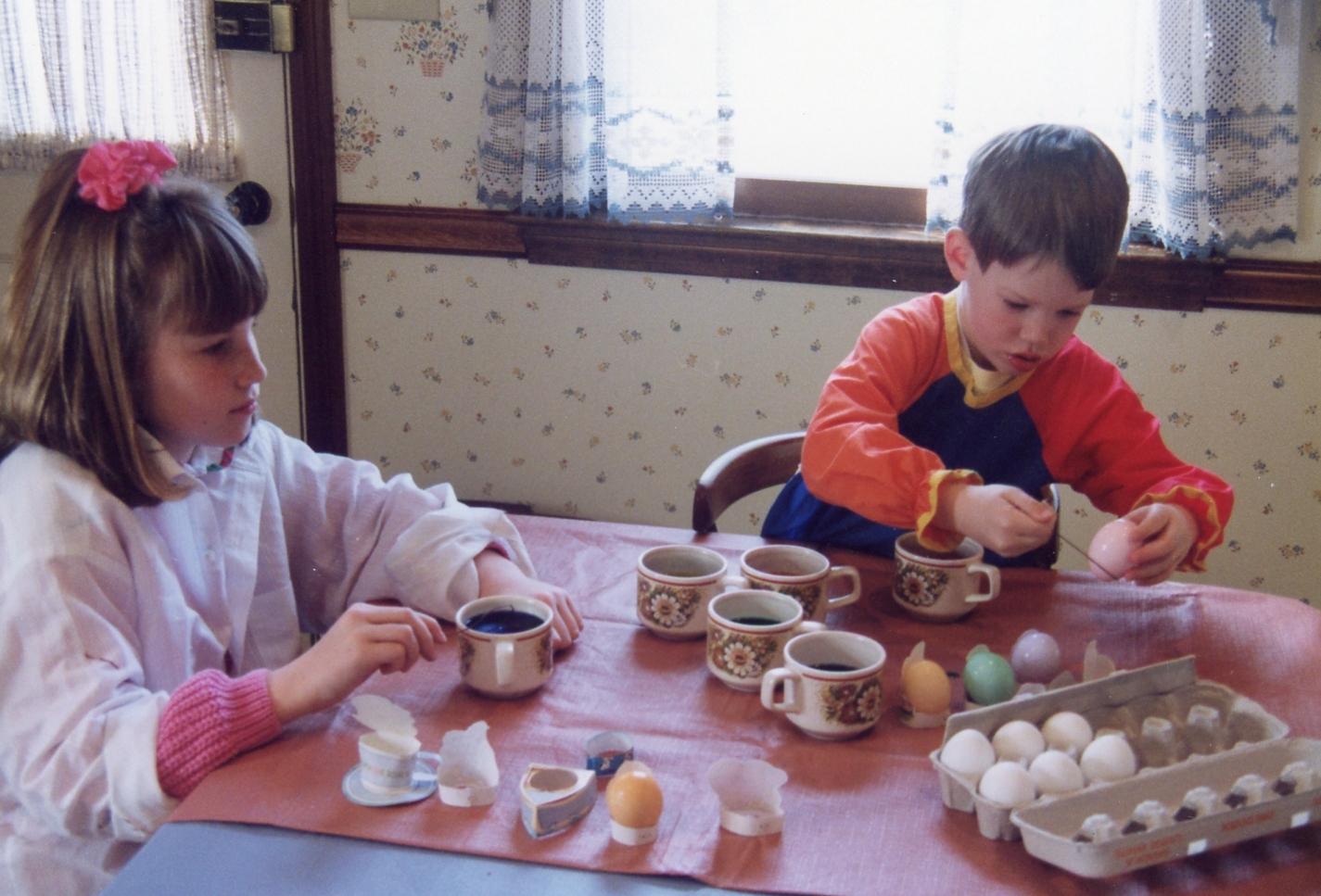 easter eggs1992