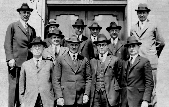 sales group 1923