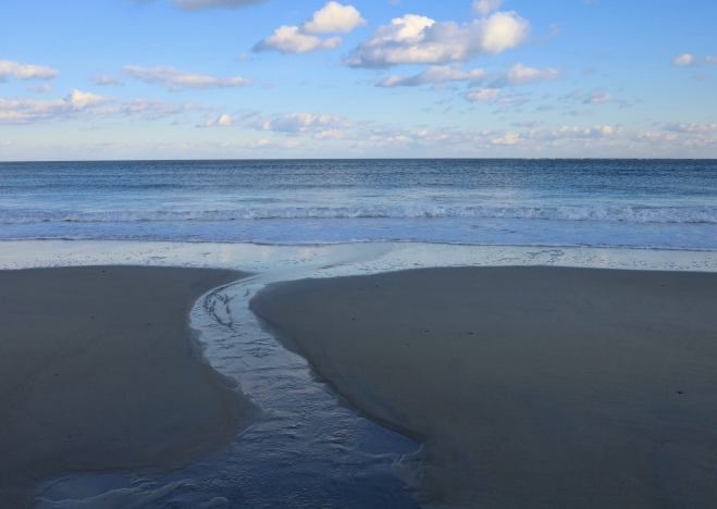 lines on sand
