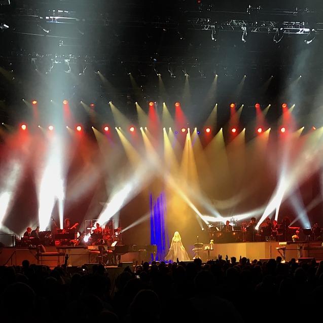 spotlights concert
